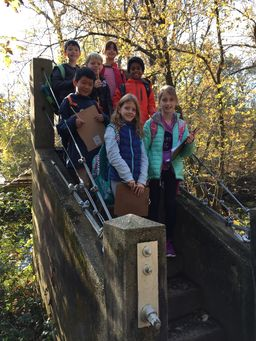 3rd Grade Map Experience in the Institute Woods
