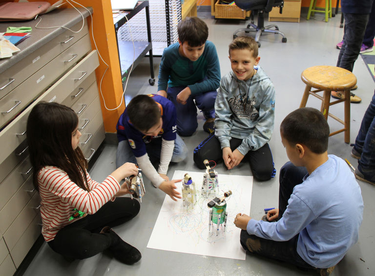 Lower School STEAM Course